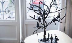 The Socialite Family   Dans la galerie Zeuxis #art #contemporaryart #artcontemporain #sculpture  #artgallery #galerie #thesocialitefamily