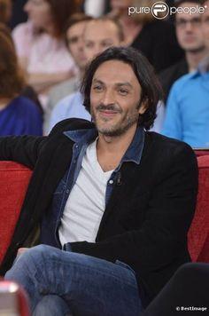 Olivier Sitruk ...  est un comédien et producteur français, né le 25 décembre 1970 à Nice, Alpes-Maritimes, France. Olivier Sitruk est marié à Alexandra London.