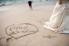 This is Official website of Bali wedding photographer and wedding photography package.