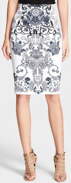 Lovely white printed pencil skirt. http://rstyle.me/n/sed89bg7t7