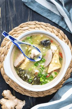 Looking for a recipe to bring back the warmth and stir the soul? Try this Chinese Fish Soup! It's got wonderful bold and homey flavours! Tofu Recipes, Seafood Recipes, Asian Recipes, Cooking Recipes, Ethnic Recipes, Chinese Recipes, Party Recipes, Easter Recipes, Yummy Recipes