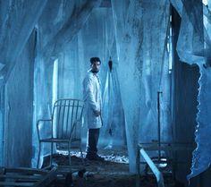 Primeira foto divulgada do longa de suspense, com Rafael Cardoso, que narra história de paciente desaparecida (Foto: Reprodução)