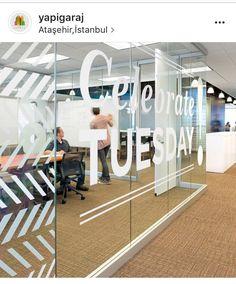 Şık ofis katları,bekleme salonları ve çalışanlarınızın verimliliğini artıran ergonomik tasarımlar...Yapigarage iç mimar ve dekoratörlerimiz,uzman ekipleri ile sizlerle #yapigaraj