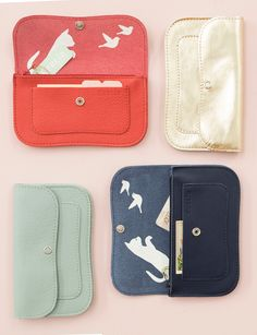 Keecie's all time favorite wallet. Cat Chase wallet medium
