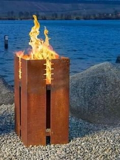 DIY Fire Pit Ideas - Want to build your own fire pit? We have compiled a list of 50 DIY fire pit ideas that you can build for your own home. Metal Fire Pit, Diy Fire Pit, Fire Pits, Fire Pit Heater, Fire Bowls, Light My Fire, Corten Steel, Diy Pergola, Backyard Landscaping