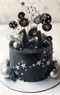 19th Birthday Cakes, 17 Birthday Cake, Bithday Cake, Elegant Birthday Cakes, Birthday Cakes For Teens, Beautiful Birthday Cakes, Cake Designs For Boy, Cake Decorating Designs, Cake Design For Men