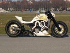 """BIG BIKE CUSTOM N°1 München - Yamaha Vmax """"KING RALPH"""""""