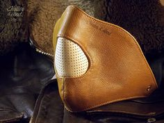 masque cuir moto/motorcycle leather mask/cafe par HollerandHood