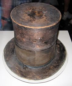 Washington D. – National Museum of American History – Abraham Lincoln's Top Hat Abraham Lincoln Hat Mary Todd Lincoln, Abraham Lincoln, American Revolutionary War, American Civil War, Lincoln Assassination, Presidential History, Nerd, Civil War Photos, Historical Artifacts