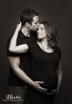 Ideas Photography Poses Black And White Maternity Shoots Studio Maternity Shoot, Maternity Photography Poses, Maternity Poses, Maternity Portraits, Maternity Pictures, Pregnancy Photos, Boudoir Photography, Couple Maternity, Photography Contract