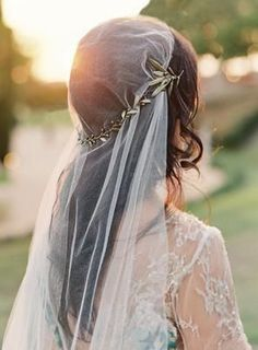 inspiration | olive branch crown and vintage inspired veil | via: once wed