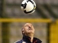 Jugar al fútbol lesiona el cerebro: http://www.muyinteresante.es/jugar-al-futbol-lesiona-el-cerebro #futbol #deporte #salud #sports #health