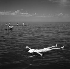 Vivian Maier, Wilmette, IL (Girl Floating), 1968. © Vivian Maier, Stephen Bulger Gallery Collection