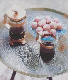 4 vind-ik-leuks, 1 reacties - Löwik Wonen&Slapen (@lowikwonenenslapen) op Instagram: 'En dan is er koffie! #bijzettafel #woonkamer #genieten #koffie #coffeetime #sweets #interieur…'