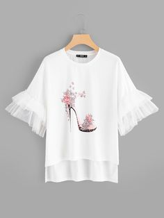 Best 12 Young Cute Regular Fit Round Neck Short Sleeve Flounce Sleeve Pullovers White Regular Length High-Heeled Shoes Print Bell Sleeve Tee – Page 682295412277858779 Hand Painted Dress, Diy Clothes, Clothes For Women, Vetement Fashion, Mode Hijab, Diy Shirt, Shirt Blouses, Printed Shirts, Bell Sleeves