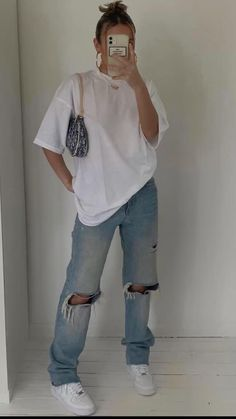 Tomboy Fashion, Teen Fashion Outfits, Retro Outfits, Cute Casual Outfits, Look Fashion, Streetwear Fashion, Big Shirt Outfits, Trendy Summer Outfits, Fashionable Outfits