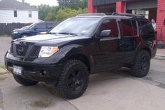 Blacked Out Nissan Pathfinder Past truck of the month. #Pathfinder #offroad #Nissan