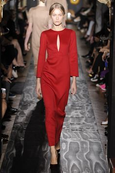 Valentino Fall Couture 2013 - Slideshow - Runway, Fashion Week, Reviews and Slideshows - WWD.com