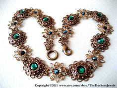 emerald vintage necklace