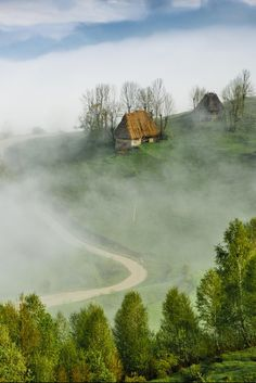 Misty morning in Apuseni mountains by Marian Poară (Romania) www.haisitu.ro…