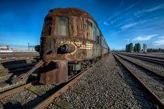 Trem oriental abandonado nos lembram da luxúria de viajar no passado