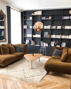 Diy Pendant Light, Pendant Light Fixtures, Pendant Lighting, Dashboard Design, House And Home Magazine, Interior Design Tips, Home Furnishings, Salons, Home Furniture