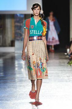Stella Jean Spring 2020 Ready-to-Wear Fashion Show Collection: See the complete Stella Jean Spring 2020 Ready-to-Wear collection. Look 24 2020 Fashion Trends, Fashion 2020, African Print Dresses, African Prints, African Fabric, African Dress, Stella Jean, Milano Fashion Week, Quirky Fashion