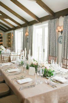 La Tavola Fine Linen Rental: Dupionique Seafoam with Topaz White Napkins | Photography: Diana McGregor, Coordination: Jill And Co. Events, Floral Design: Anna Le Pley Taylor