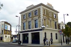 St John's Tavern, Archway, N19 by Ewan-M, via Flickr