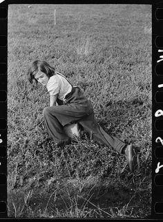 Child labor in cranberry bog, Burlington County, New Jersey