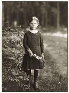 +~+~ Vintage Photograph ~+~+ 'Farm Girl' by August Sander c. 1910