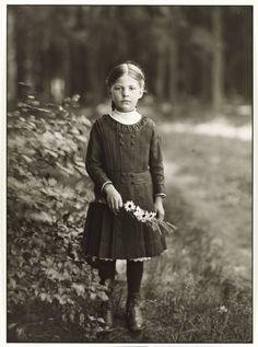 +~+~ Vintage Photograph ~+~+ 'Farm Girl' by August Sander c. 1910