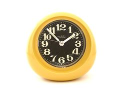 Yellow Ruhla alarm clock from gdr #ddrmuseum