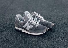 Classic   New Balance 996 Heritage Grey/Silver