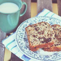 (Sabato agosto vacanza.) Chocolate banana bread per colazione e valigie da chiudere. Ho aspettato questo momento così tanto che quasi non ci credo.  Ps consigli e dritte sull'Andalusia sono ben accetti