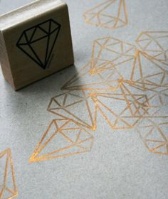 "I think pretty geometric gemstone shapes would be an awesome graphic for the event. especially with the ""found""--->""treaure"" thing. Diy Stamps, Handmade Stamps, Custom Stamps, Agendas Diy, Diy Projects Handmade, Eraser Stamp, Stamp Carving, Stamp Printing, Diy Papier"