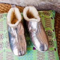You are Gold - Shepherd has given one of their best selling Sheepskins Slippers LINA a paint job! Free postage with orders today. Sheepskin Slippers, Wool Pillows, Little People, Womens Slippers, Leather Wallet, Wonder Woman, Booty, Brand New, Sweden
