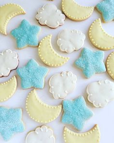 Star, moon and cloud cookies// decorated sugar cookies// baby shower cookies// twinkle twinkle little star cookies by coliespastries on Etsy https://www.etsy.com/listing/489661390/star-moon-and-cloud-cookies-decorated