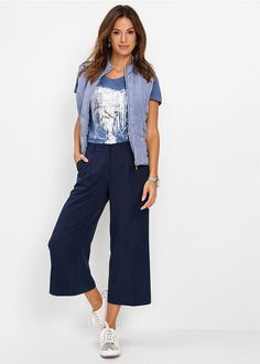 Pantaloni Culotte bleumarin Un item şic Bikini, Costume, Jeans, Style, Fashion, Bikini Swimsuit, Swag, Moda, Fashion Styles