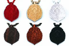 Wood Junkie Necklace Lion Head II - Urban Classics-Shop.nl