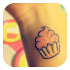 Cute and girly cupcake tattoo ( I just had to. Pin it so cute)