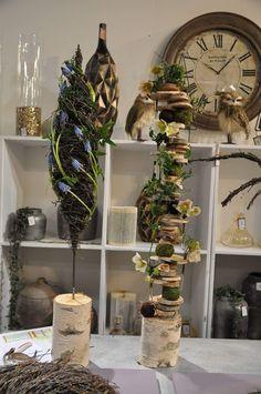Deco Floral, Floral Design, Harvest Decorations, Christmas Decorations, Flower Frame, Flower Art, Wood Crafts, Diy And Crafts, Flower Arrangements Simple
