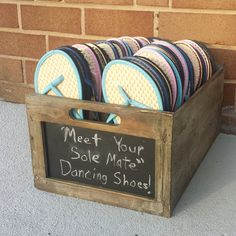 Wedding Flip Flop and Crate (Inc 30 Pairs of flip flops)