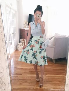 classic fashion // chambray top, floral flare skirt, chanel flap