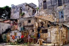 A DIREITA BRASILEIRA EM AÇÃO: Cubanos no Brasil pedem ajuda para não voltarem à miséria comunista.