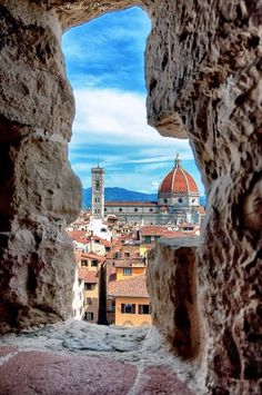 Traveling to Italy means a visit to Florence! These are the top things to do in . - Traveling to Italy means a visit to Florence! These are the top things to do in Florence - Cool Places To Visit, Places To Travel, Places To Go, Travel Things, Italy Vacation, Italy Travel, Italy Trip, Firenze Italy, Toscana Italy