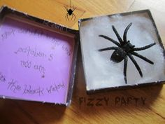 DIY Halloween invitation created by Fizzy Party
