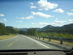 One of the most #scenicdrives in #albertacanada is the #highwoodtrail in #kananaskiscountry. Yes it is this quiet during the week. #godscountry #mountains #alberta #scenicview #debbieelicksen #countryside