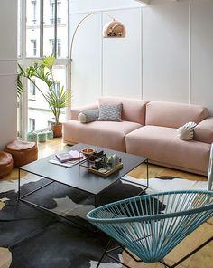 Vivir en dos alturas: un loft con sello femenino y los colores de moda | Ministry of Deco
