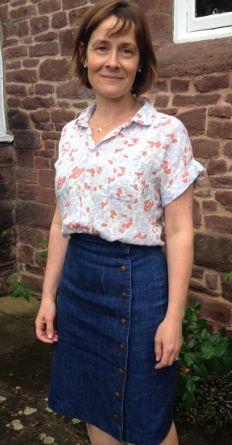 Peta's Arielle skirt - sewing pattern by Tilly and the Buttons Skirt Sewing, Skirt Patterns Sewing, Summer Clothes, Summer Outfits, Tilly And The Buttons, Button Skirt, Skirt Fashion, Dressmaking, Denim Skirt